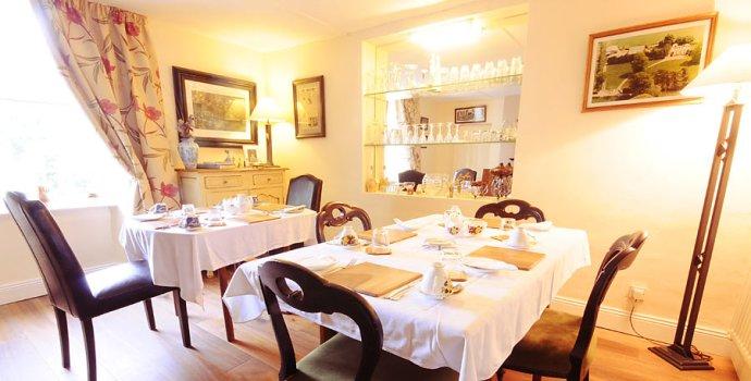 Room_Dining